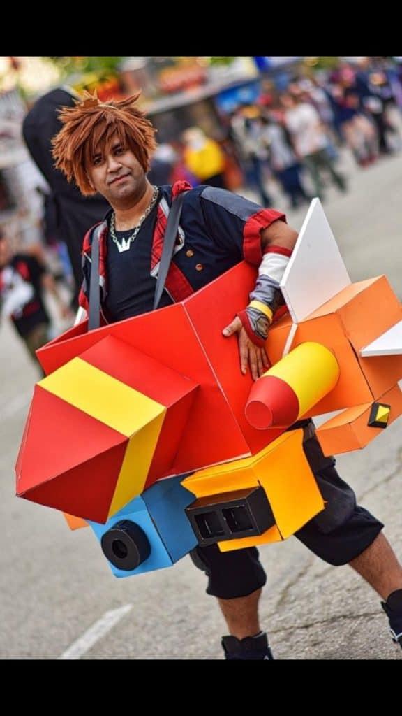 Torakingz cosplaying as Gummy Ship Sora
