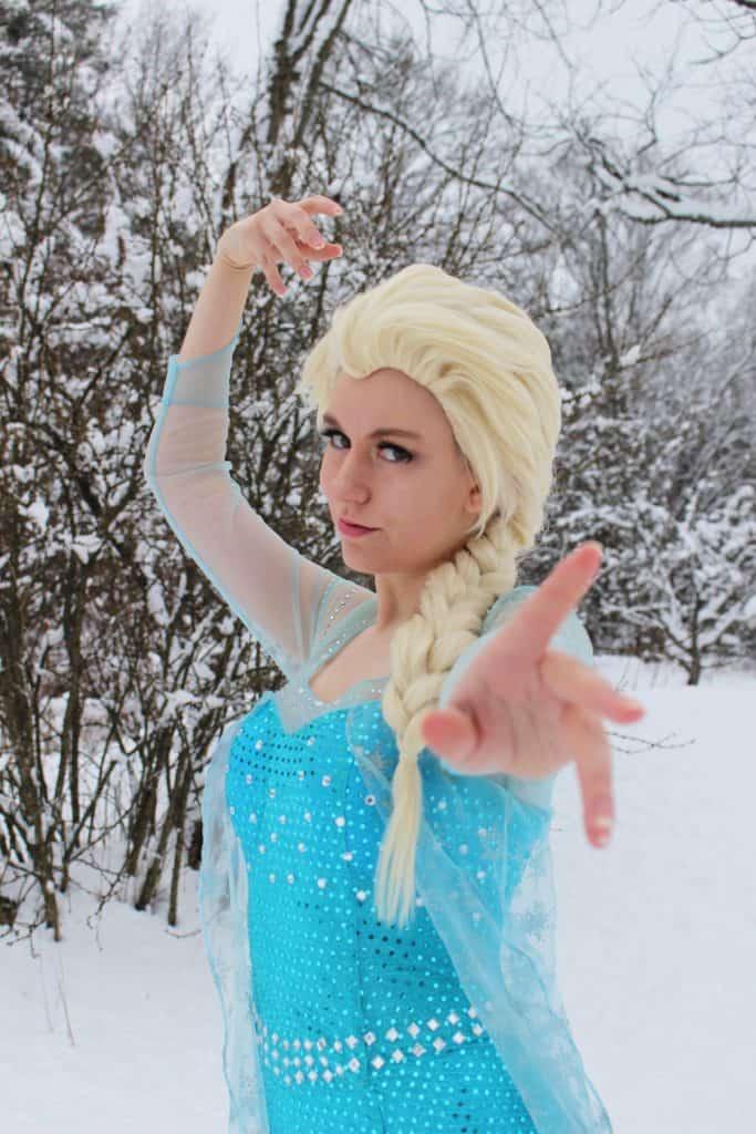 Elsa Cosplay (XenaRaye)