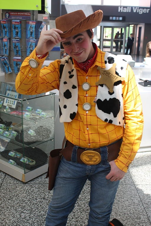 Woody Toy Story cosplay ((Disney cosplay ideas)