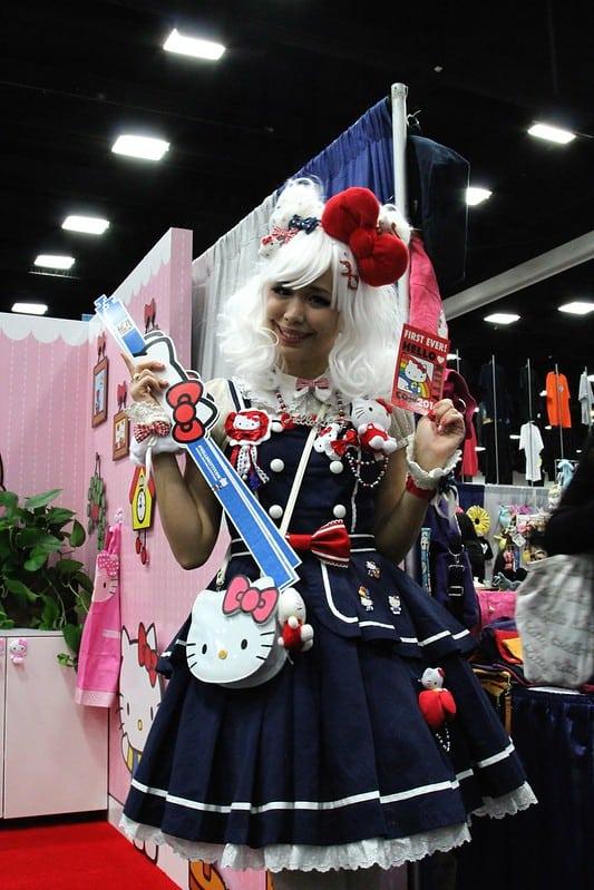 Hello Kitty (kawaii cosplay ideas)
