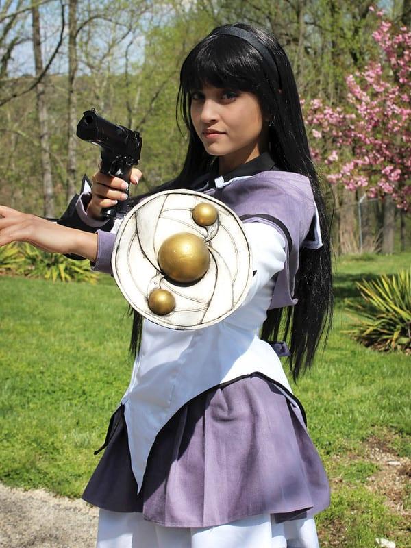 Homura (black hair cosplay)